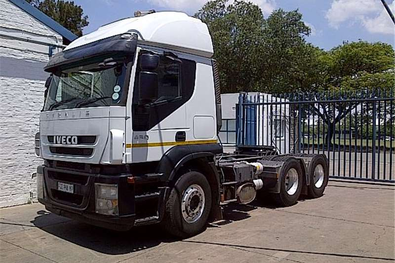 Truck-Tractor Iveco  Double Axle  AT700S43TZP  2010