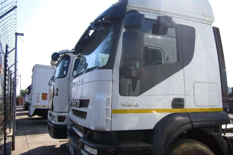Iveco  double axle Stralis 430 Truck-Tractor