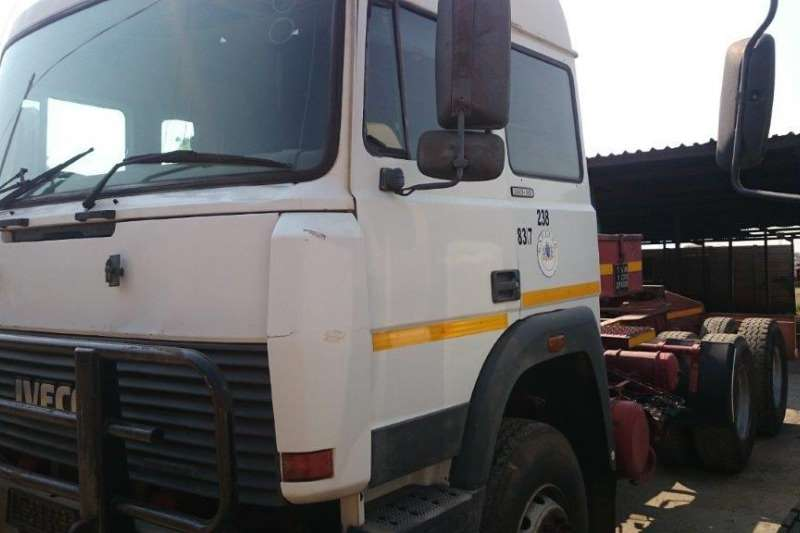 Truck-Tractor Iveco Iveco 360.26 0