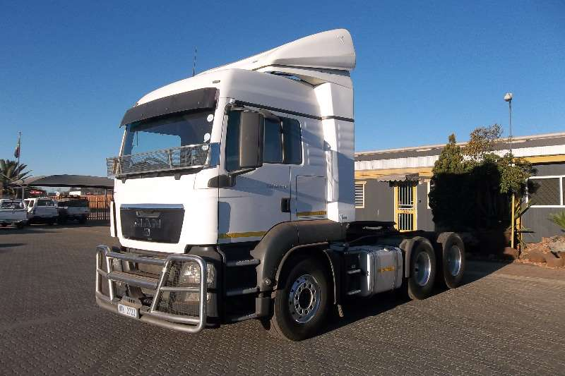 Truck-Tractor MAN  Double Axle 26.480 TGS 2013