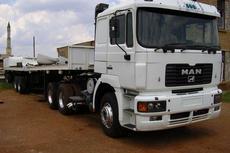 Truck-Tractor MAN  Double Axle 26-502 1994