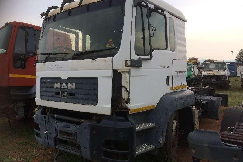 MAN Double axle TGA 33.480 Truck-Tractor