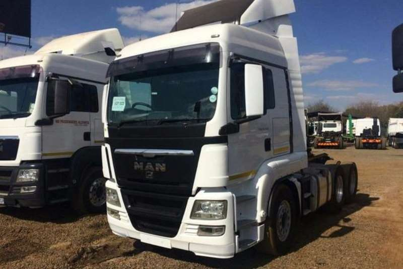 Truck-Tractor MAN  Double Axle TGS 26.480 2011