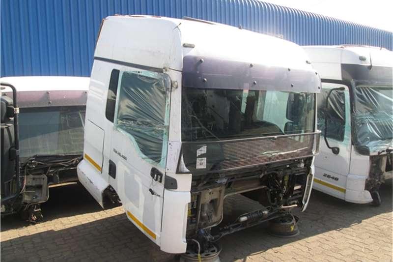 MAN TGA 26 480 Cab Truck-Tractor