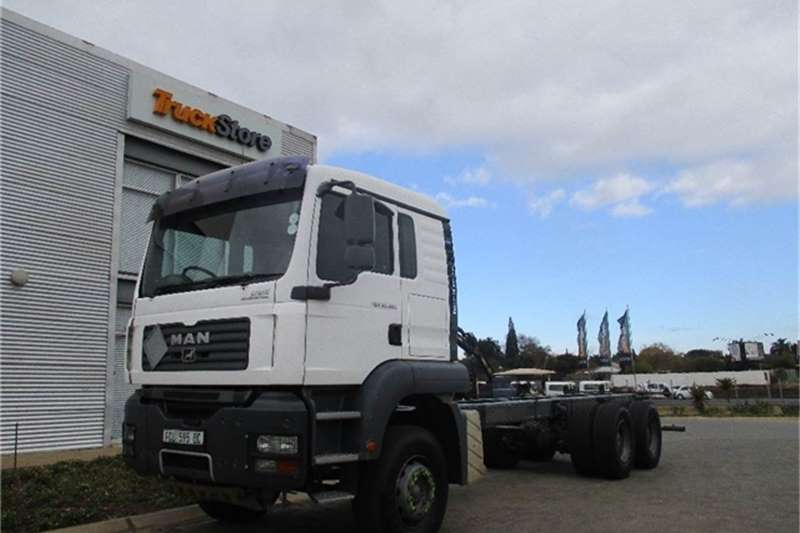Truck-Tractor MAN TGA 33.480 BBM Chassis Cab MAN 2008