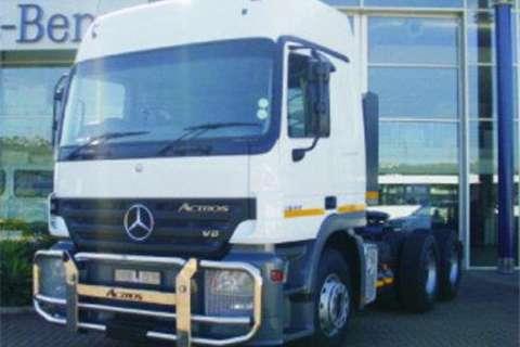 Truck-Tractor Mercedes Benz 2644LS/33 6x4 Truck Tract 2009