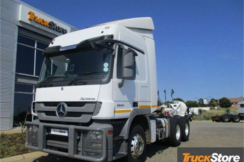 Truck-Tractor Mercedes Benz Actros 2644LS/33 HYP LS Mercedes Benz 2014