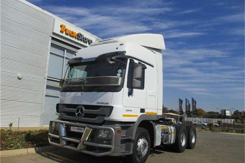 Truck-Tractor Mercedes Benz Actros 2644LS/33 HYP Mercedes Benz 2013