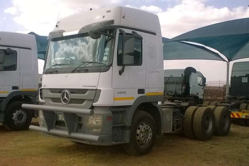 Truck-Tractor Mercedes Benz  Double Axle Actros 2650 MP3 2011
