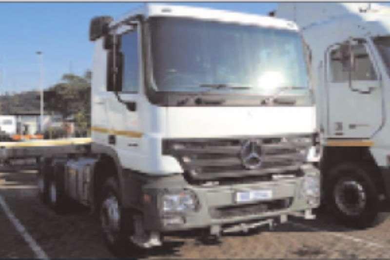 Mercedes Benz Double axle Actros 3344S/33 Truck-Tractor