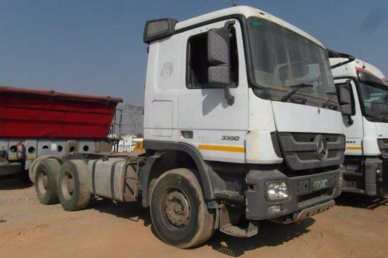 Truck-Tractor Mercedes Benz  Double Axle Actros 3350 6 x 4 Mechanical Horse With Hydraulics 2011