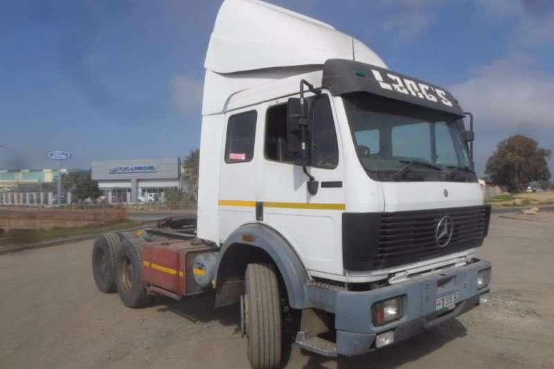 Truck-Tractor Mercedes Benz  Double Axle Mercedes Benz Powerliner 2635 1993