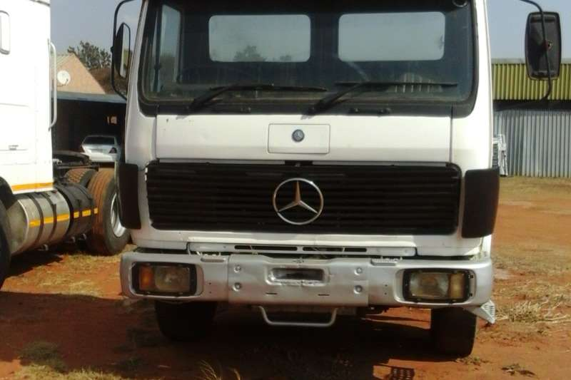 Truck-Tractor Mercedes Benz Used Mercedes Benz 1729 Powerliner Available 0
