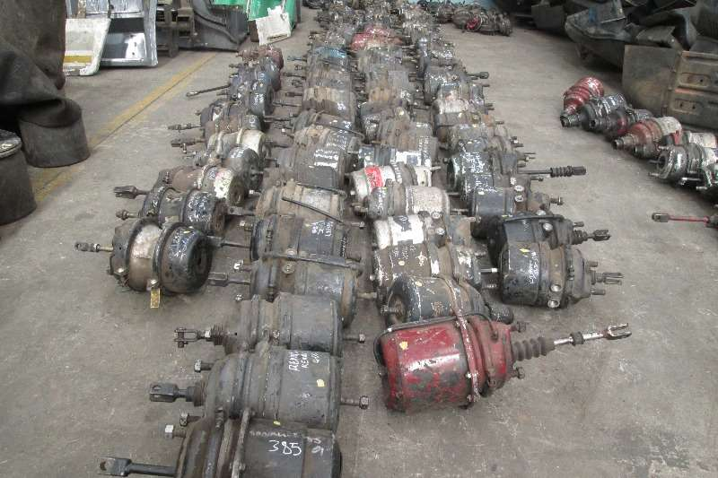 Other Brake Boosters for all makes of trucks Truck-Tractor