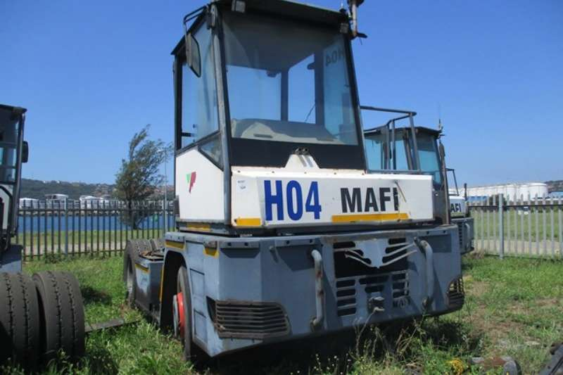 Truck-Tractor Other Single Axle Mafi MT25YT, 4x2 FLR, 25 Ton Terminal Truck 2006