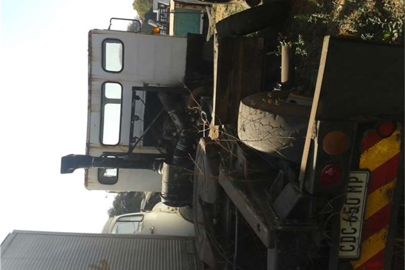 Truck-Tractor Other Single diff horse 1981