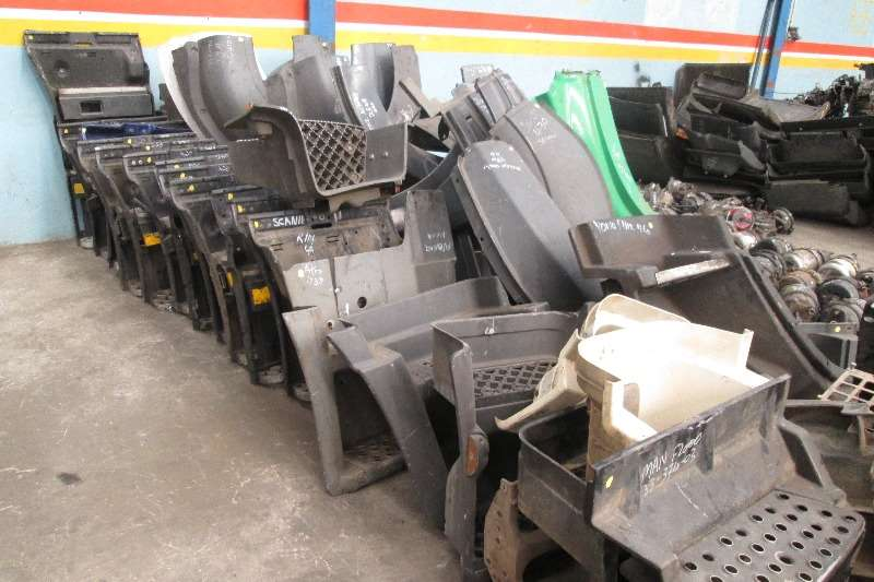Other Step Boxes & Mudguards for all makes of trucks Truck-Tractor