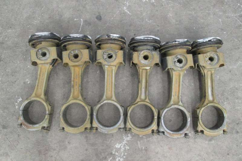 Renault DXi11 Pistons & Conrods Truck-Tractor