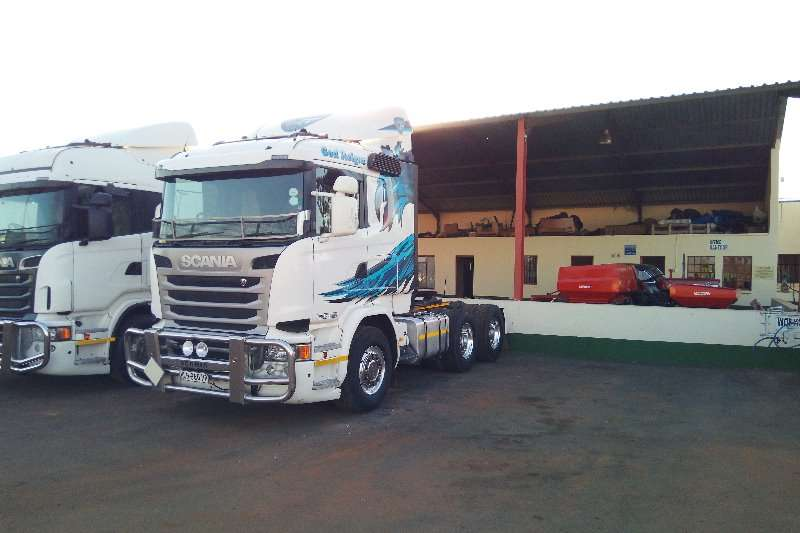 Truck-Tractor Scania  Double Axle 2014 Scania R460 2014