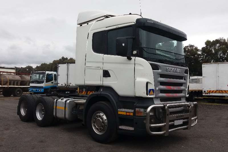 Truck-Tractor Scania  Double Axle 530 2009