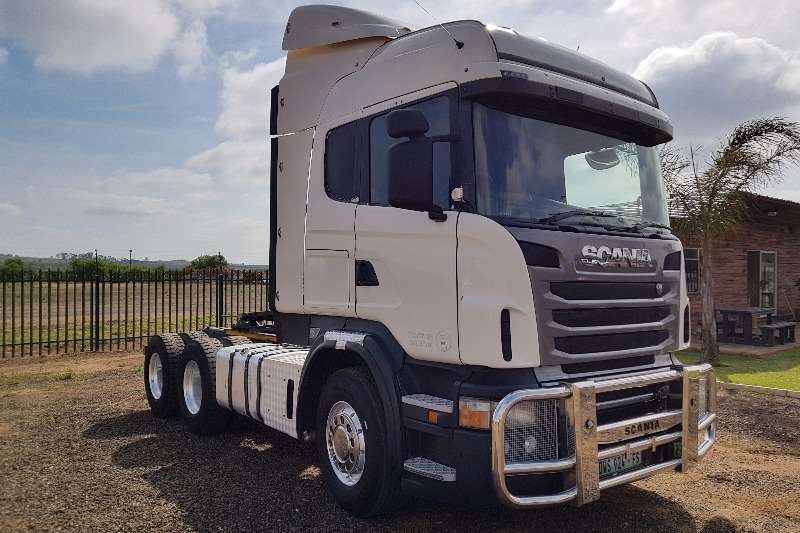 Truck-Tractor Scania  Double Axle R500 2010