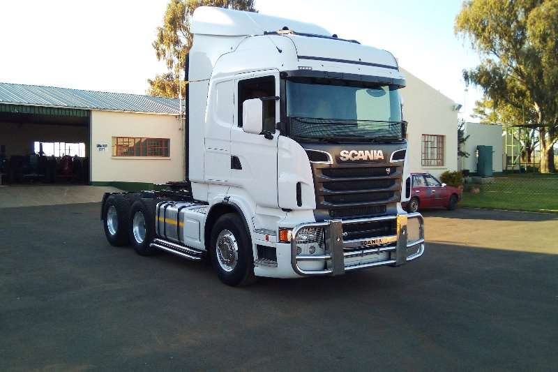 Truck-Tractor Scania  Double Axle R500 Scania 2013
