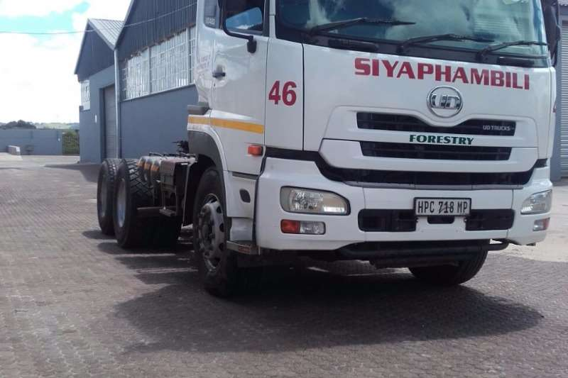 Truck-Tractor UD UD 460 2012 Model 2012