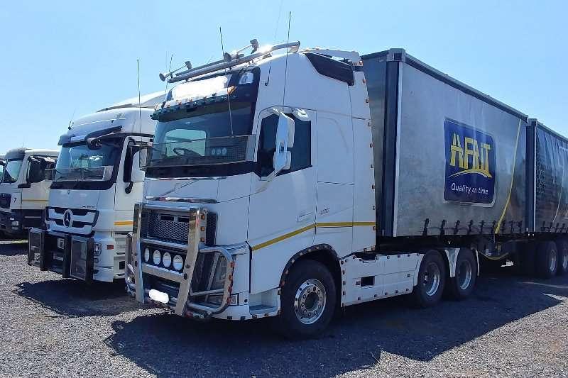 Truck-Tractor Volvo  Double Axle 2015 Volvo 480 Globtrotter XL 2015