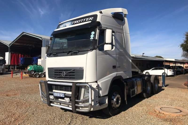Truck-Tractor Volvo  Double Axle FH480 6x4 T/T 2013