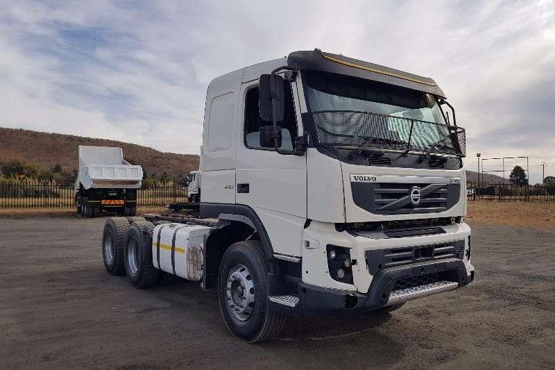 Truck-Tractor Volvo  Double Axle FMX440 2013