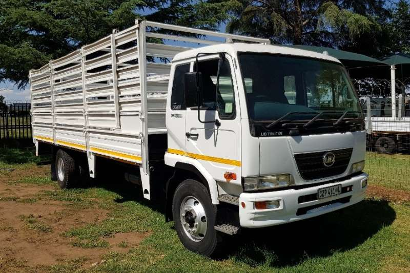 Truck UD Cattle Body UD100 2014