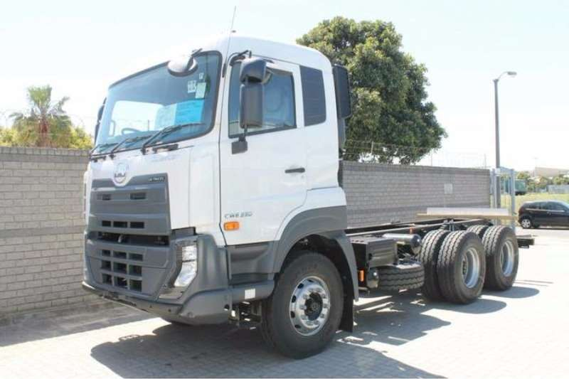 Truck UD Chassis Cab Quester CWE330 0