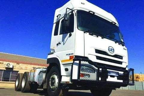 Truck UD Chassis Cab UD GW 26-410 TT Sleep 6x4- 2013
