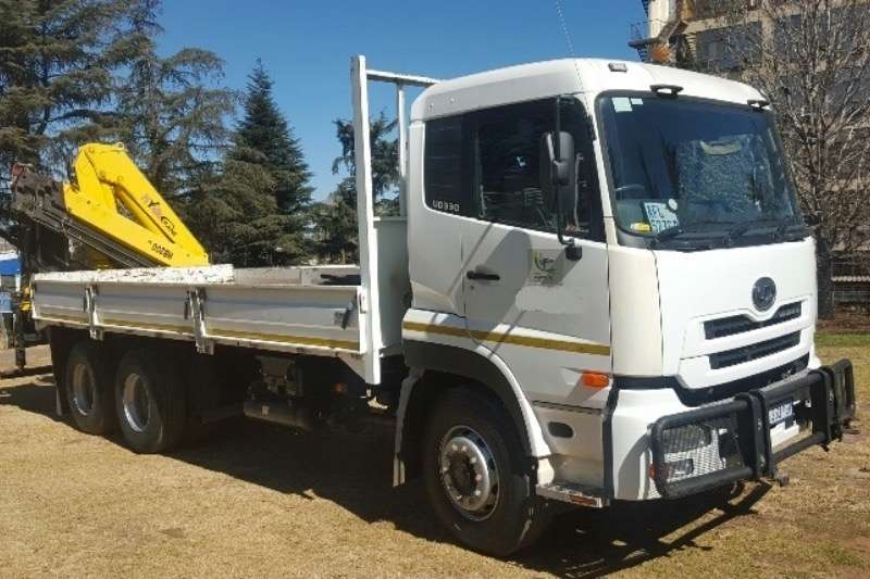 Truck UD Crane Truck UD330 2010