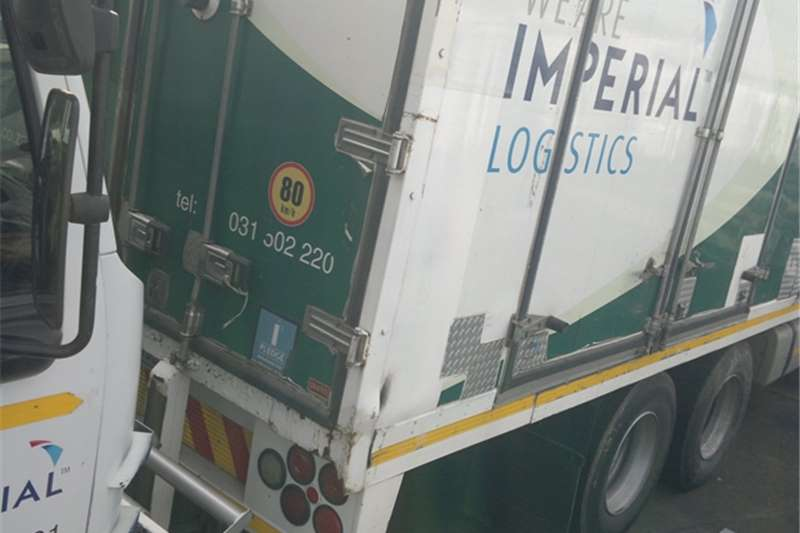 Volvo Insulated fridge unit volvo 300 frigde truck Truck