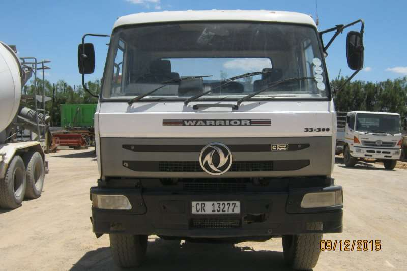 Truck Warrior Chassis Cab 33-300 TWINSTEER 2008