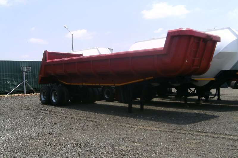 UBT COPELYN DOUBLE AXLE END TIPPER