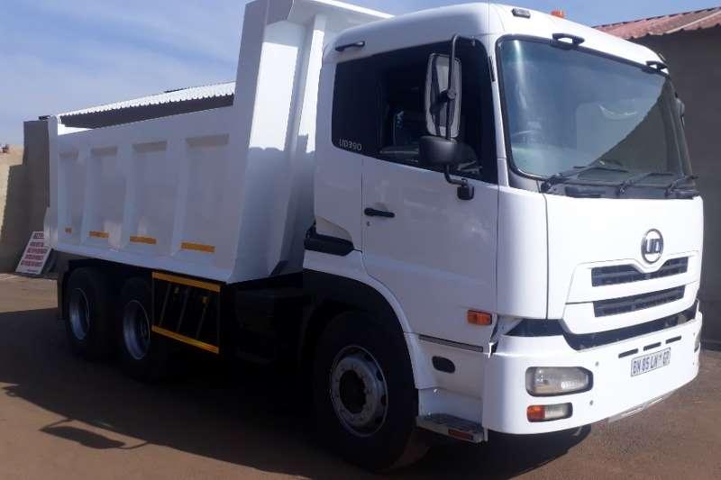 UD Tipper UD 390 12CUBE TIPPER Truck