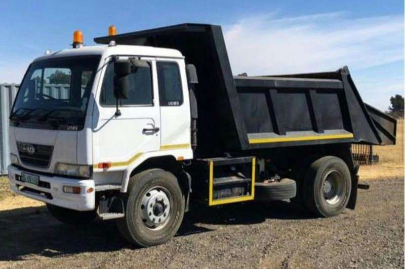 UD Double axle 85 TIPPER 6CUBE Truck-Tractor