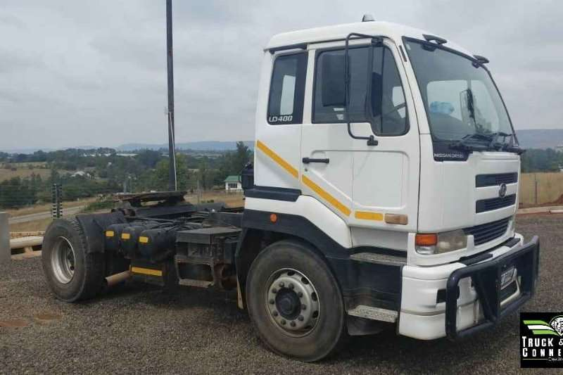 UD Single axle 2007 Nissan UD400 Truck-Tractor