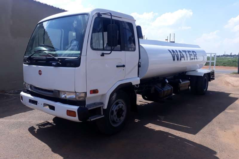 UD Water tanker UD 70 10 000LITER WATER BOWSER Truck