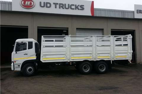 UD UD 370 Quon Cattle Body