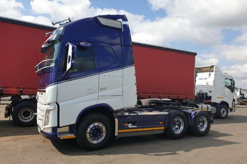 Volvo Truck-Tractor Double Axle FH520 XL Globetrotter 2016