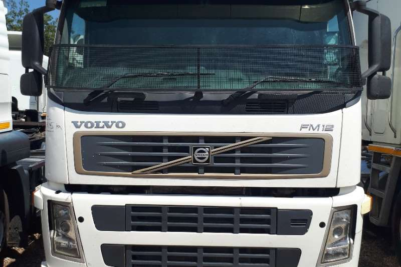 Volvo Single axle FM12 380 Truck-Tractor