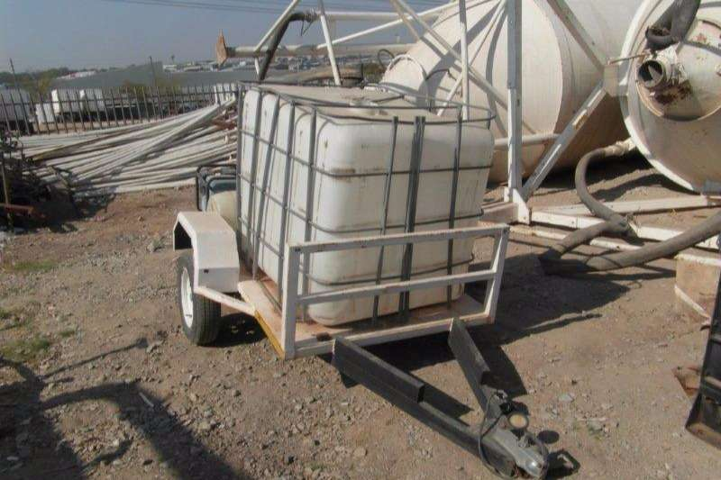 Water bowser Trailer 1000Lt Water Bowzer Trailer With Pump 0